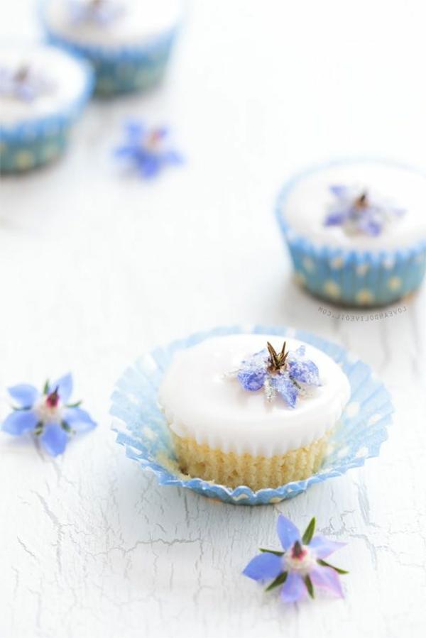 veilchen-zum-essen-cupcakes-verzieren-cupcakes-dekorieren