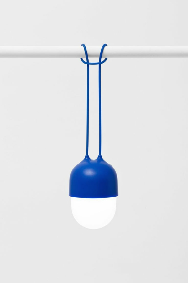 wohnideen-tolle-einrichtungsideen-luxus-lampen-kreative-modelle-blaue-farbe