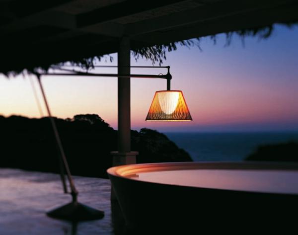 wunderbares-design-schöne-beleuchtung-im-garten-exterior-design-ideen