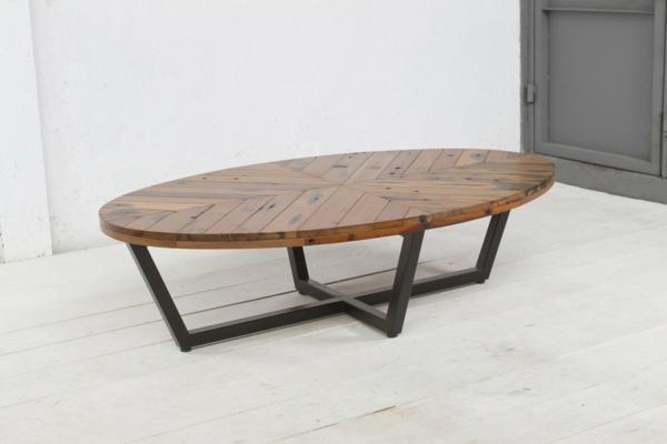 wunderschön-aussehender-und-elegant-gestalteter-tisch-mit-ovaler-form-ultramodernes-design