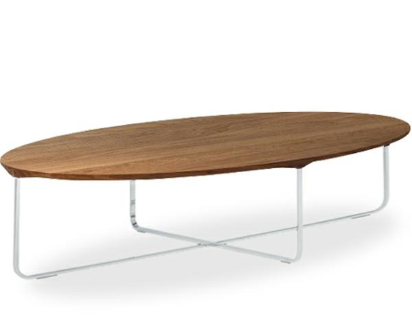 wunderschön-aussehender-und-elegant-gestalteter-tisch-mit-ovaler-form-weißer-hintergrund