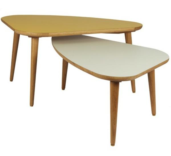 wunderschön-aussehender-und-elegant-gestalteter-tisch-mit-ovaler-form-zwei-coole-modelle