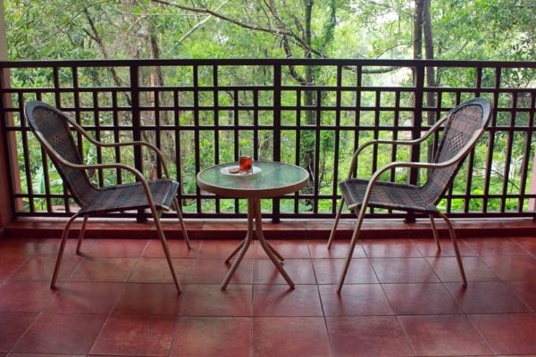 kleiner balkontisch good runder tisch diy astonishing die besten mosaiktisch selber machen. Black Bedroom Furniture Sets. Home Design Ideas