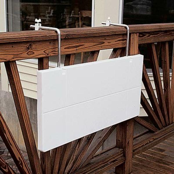 wunderschöner-modern-aussehender-tisch-für-balkon-sehr-praktisches-weißes-design