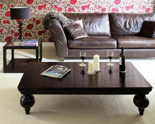 wunderschöner-orientalischer-tisch-sehr-elegantes-modell-neben-einem-sofa