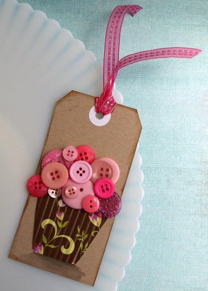 3d karte basteln klappkarte basteln babykarte basteln aus rosa knöpfen muffin klein