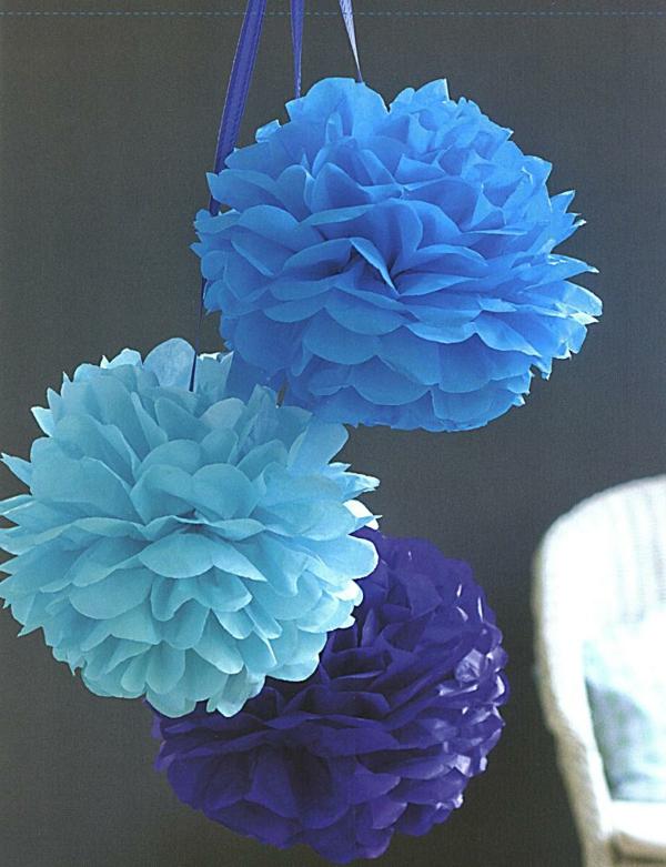 Blumen-aus-Krepppapier-süße-Papierpompons-resized