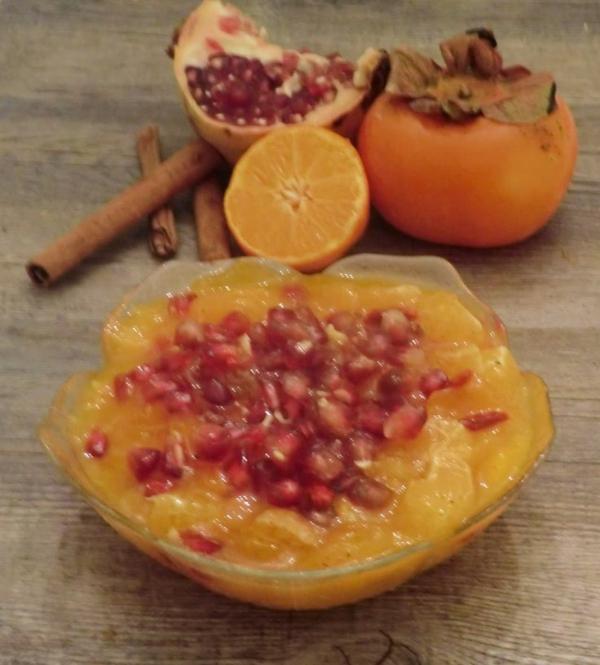 Kiwi-Tangerine-Granatapfel-Goji-Beeren-und-Zimt
