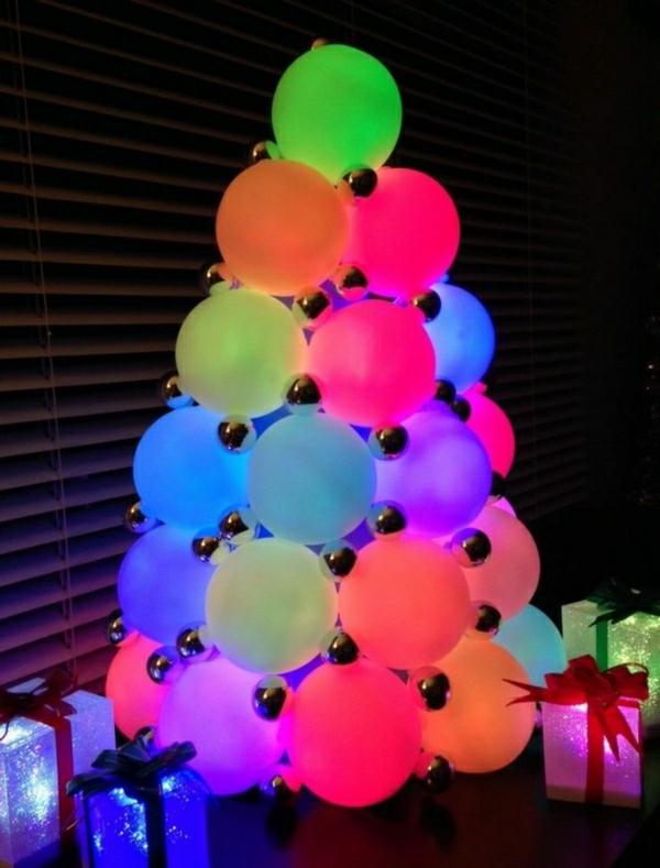 LED-Farbwechsel-Deko-Bälle-als-Weihnachtsbeleuchtung