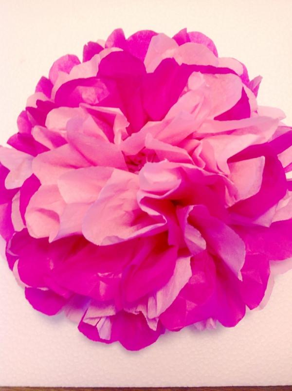 Papierblume-in-Zyklamenfarbe-resized