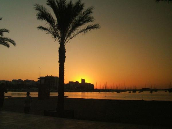 San-Antonio-Ibiza-Sonnenuntergang-resized