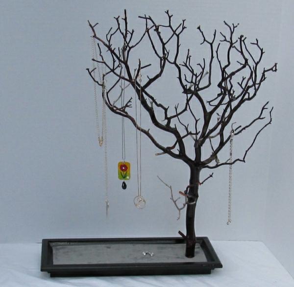 Schmuckständer-Baum-Ästen-Sockel-Schmuck-Halsketten