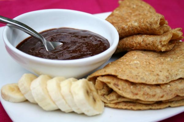 Vegan-Pancakes-with-Chocolate-Banana-cream-