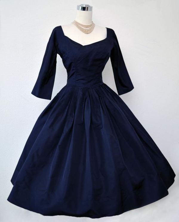 Vintage-Kleid-in-Dunkelblau