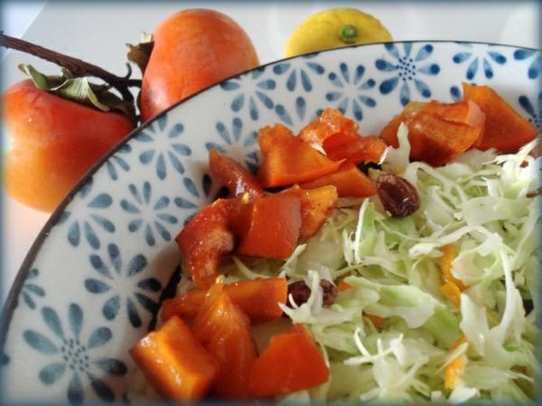 Winter-Frucht-und-Würze-Krautsalat-mit-Persimmon