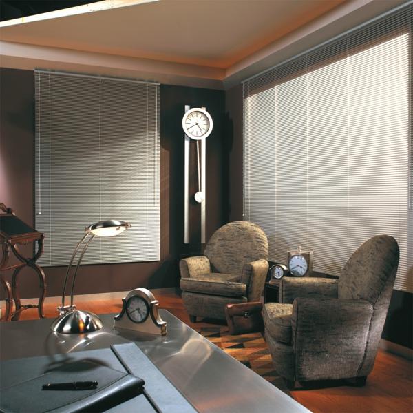 aluminium jalousien sehen schick aus. Black Bedroom Furniture Sets. Home Design Ideas