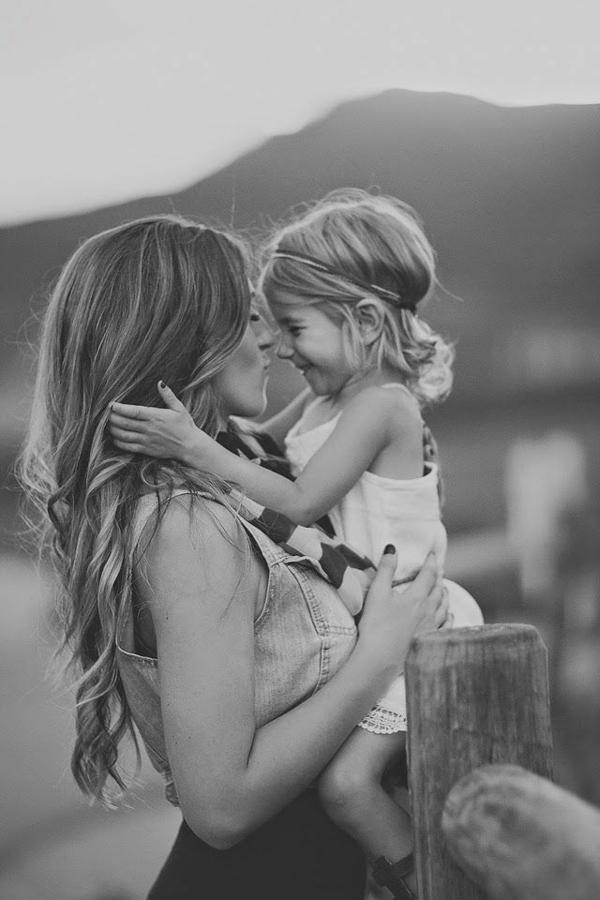 baby-und-familie-inspirierendes-graues-foto