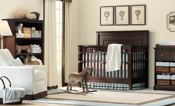 babyzimmer-junge-möbel-aus-holz