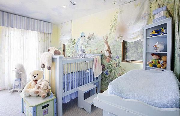 babyzimmer-junge-schönes-interieur-helle-farben