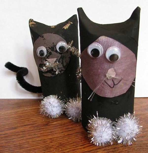basteln-mit-karton-schwarze-katzen