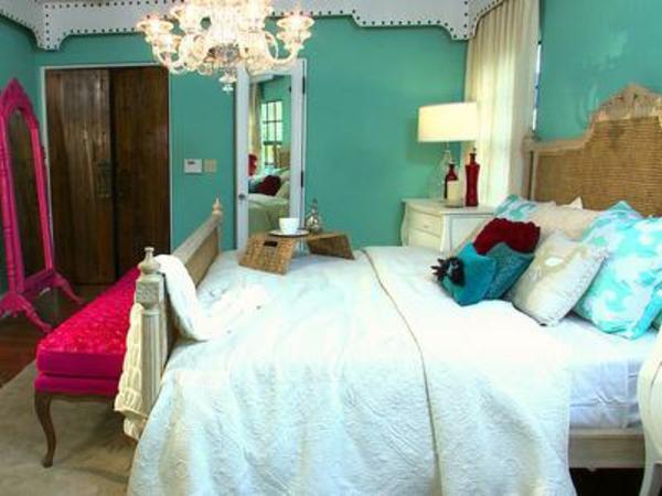 coole-schlafzimmer-deko-blaue-wände