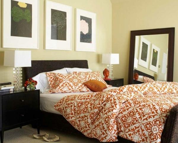 coole-schlafzimmer-deko-drei-bilder-an-der-wand