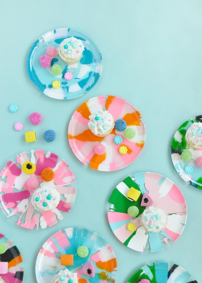 deko kindergeburtstag, partydeko selber machen, party dekoration ideen, teller dekorieren