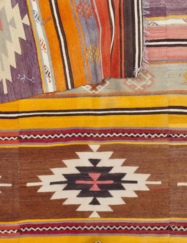 einfache-und-traditionelle-türkische-Teppiche
