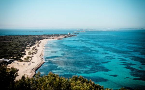 endloses-Meer-in-Ibiza-resized