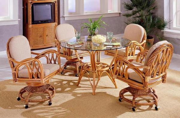 esszimmer-drehstuhl-aristokratisches-aussehen