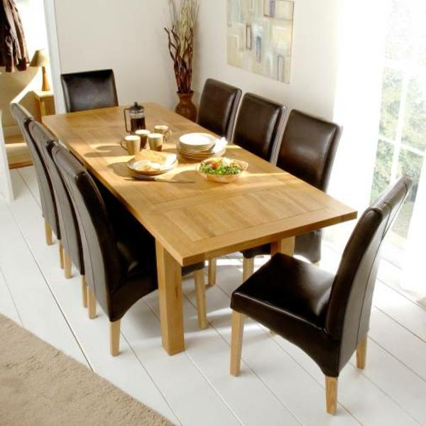 esszimmer-tisch-wunderschönes-modell-braune-stühle