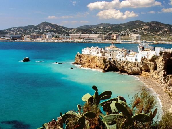 exotische-Ibiza-Strände-resized
