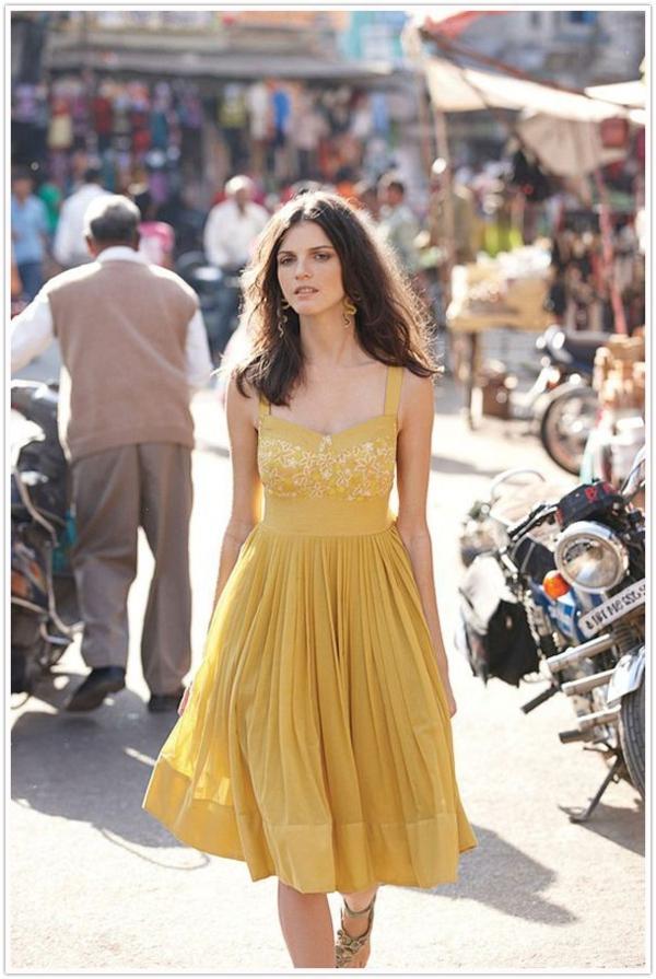 fantastische-gelbe-kleider-trendiges-design-moderne-kleider-sommerkleider