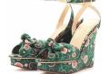 Sandalen mit Keilabsatz – modern und komfortabel!