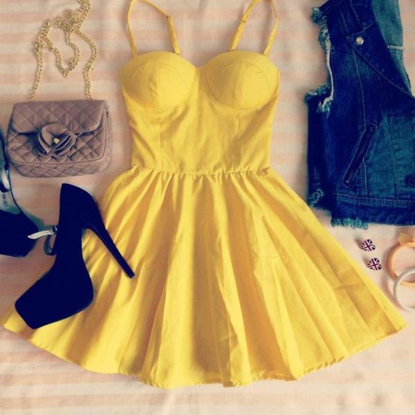 fantastisches-sommerkleid-damenkleider-kleider-damen-gelbes-kleid