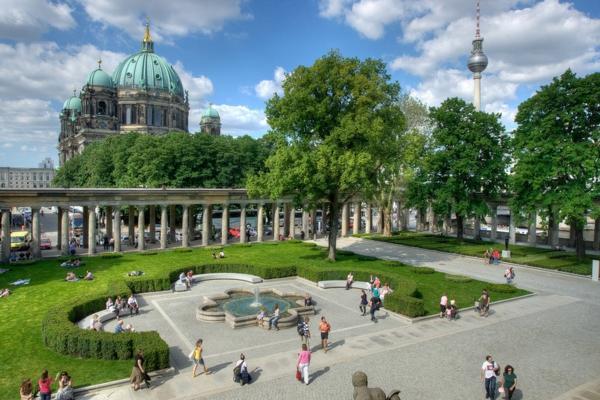 frühling-in-berlin-einfach-herrliche-atmosphäre-im-park