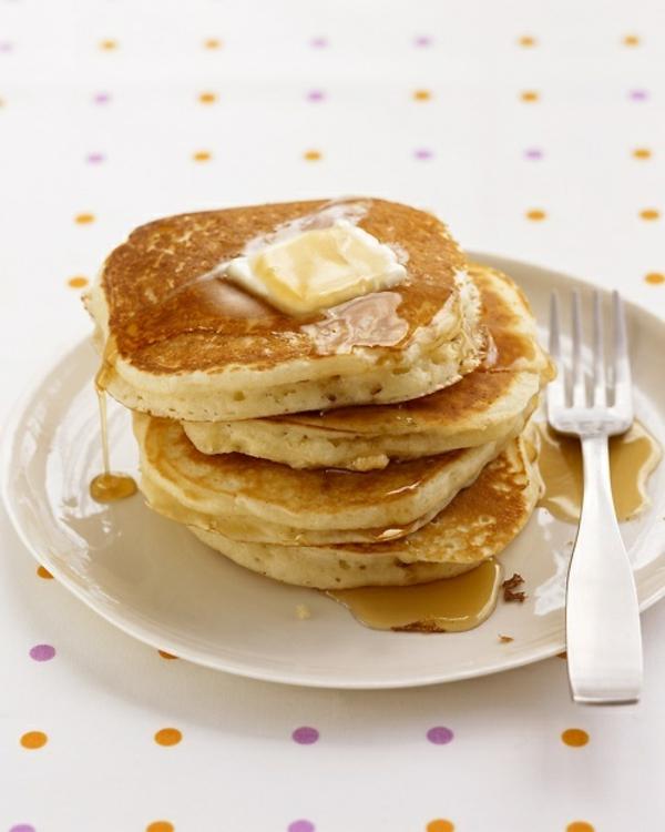 -frühstücksbuffet-ideen-pfannkuchen-ideen-zum-frühstück