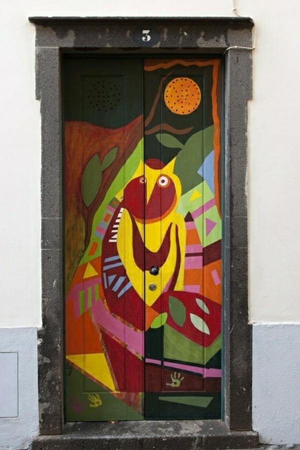 funchal-madeira-insel-urlaub-auf-madeira-portugal-wohnungstüren
