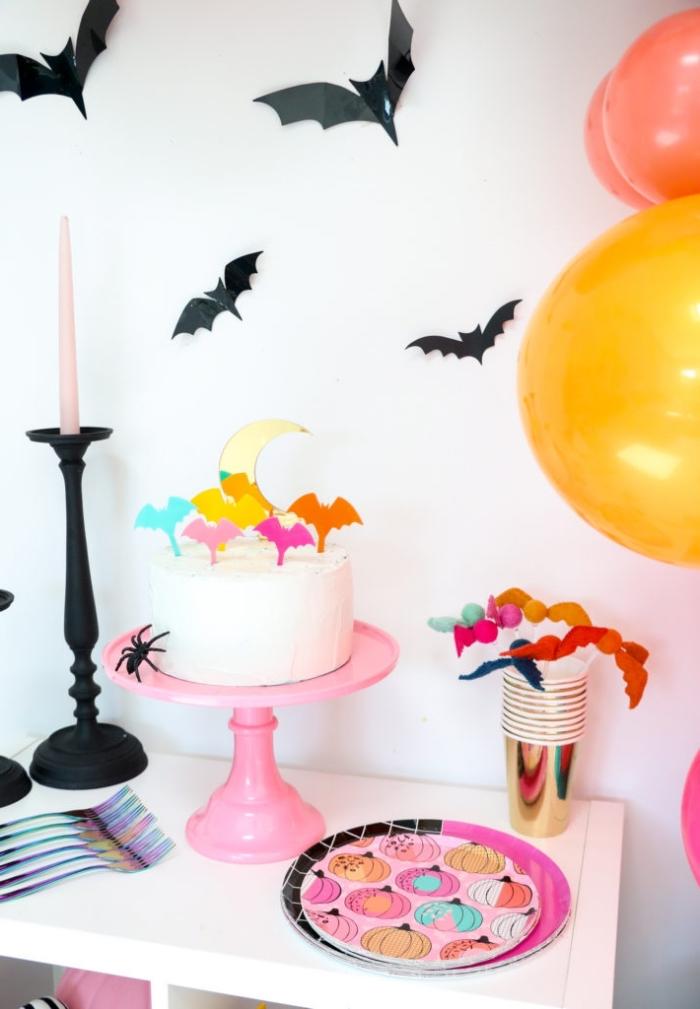geburtstagsdeko kinder, halloween party dekorationsideen, fliegende fledermäuse, thematische deko