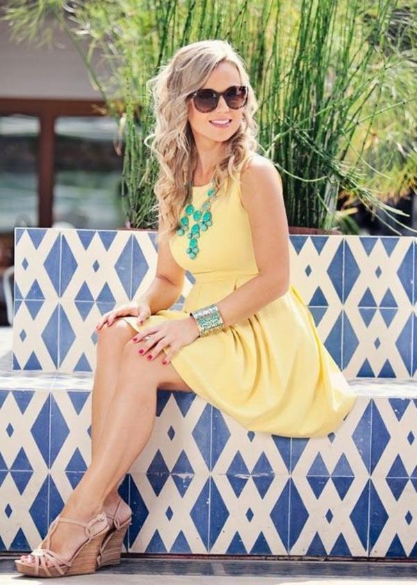 Gelbes Kleid Die Trendfarbe 2015 Ist Gelb Archzinenet