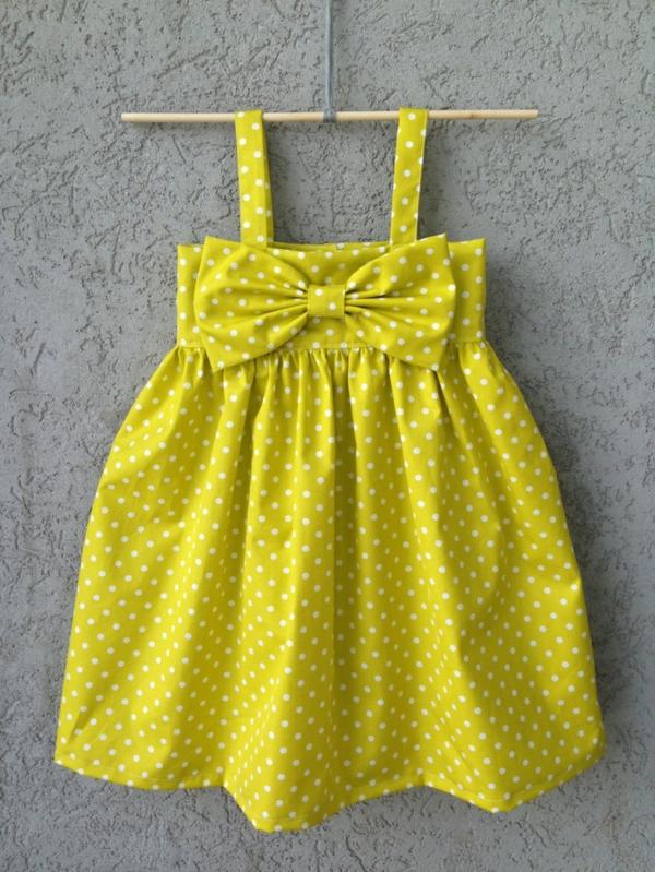 gelbes-babykleid-babymode-kindermode-süße-babykleidung-günstige-babysachen-babymode-günstig