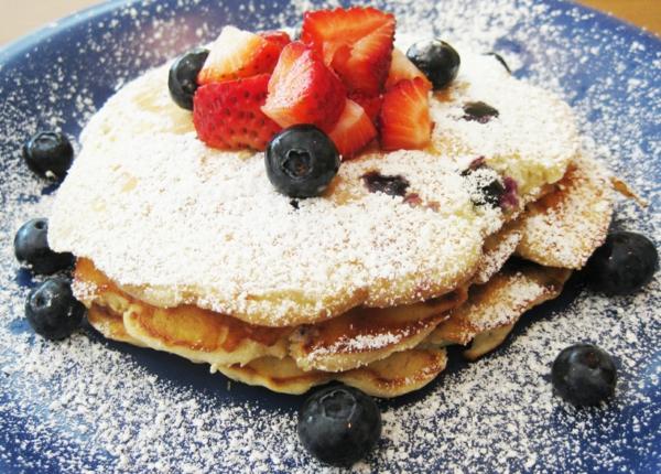 gesunde-frühstücksideen-leckeres-frühstück-gesundes-frühstück-rezepte--blaubeere