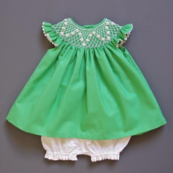 grünes--babykleid-babymode-kindermode-süße-babykleidung-günstige-babysachen-babymode-günstig