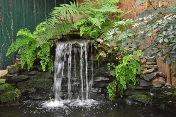 großer-schöner-wasserfall