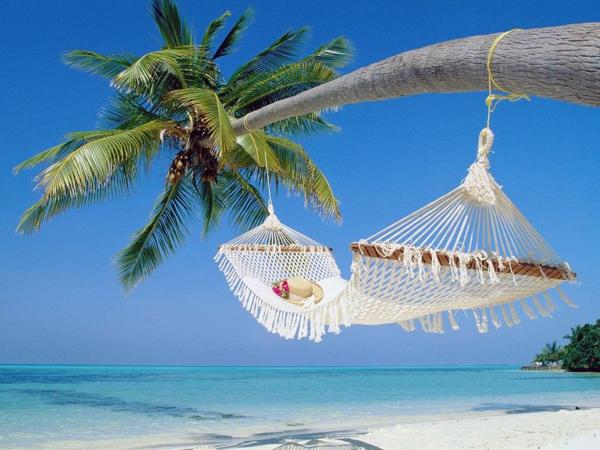 hängematte-urlaub-malediven-reisen- malediven-reise-ideen-für-reisen