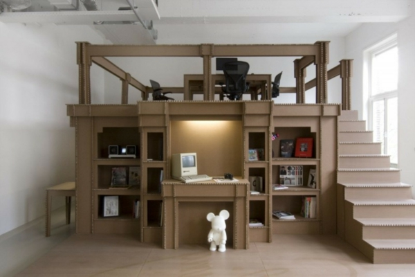 heimbüro-arbeitsplatz-aus-pappe-einrichtungsideen-basteln-mit-karton-kartone-
