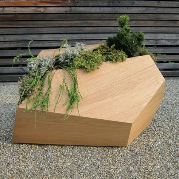 holz-blumenkübel-ideen-pflanzen-wachsen