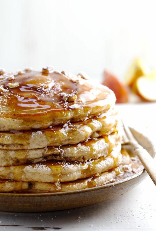 honig-wallnüsse-leckeres-frühstück-gesundes-frühstück-rezepte