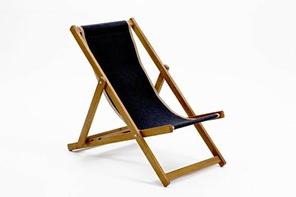 interessanter-schöner-look-funktioneller-liegestuhl-in-schwarzer-farbe