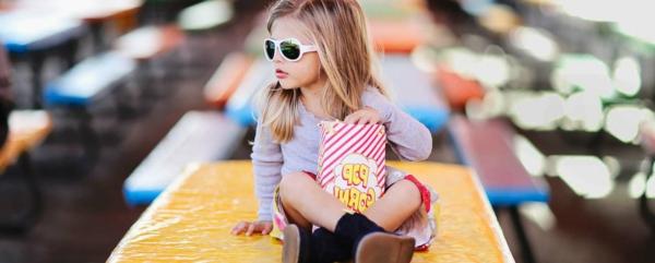 -kinder-sonnenbrille-kinder-sonnenbrillen-designer-modelle-sonnenbrillen-2014-modische-brillen--
